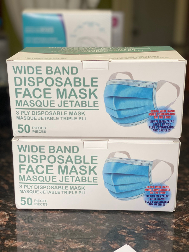 2 Boxes 3 Ply Disposable Face Masks With Wide Band For